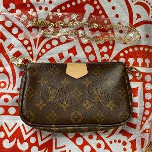 New Louis Vuitton Multi Pochette Small Accessories